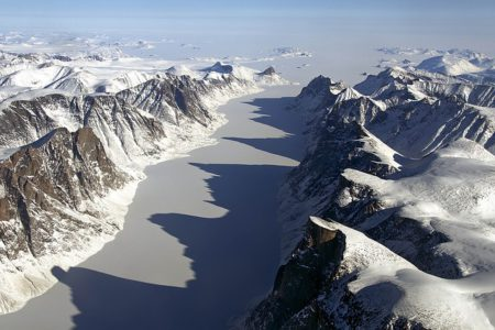 You can admire a 40,000 years old scenery in the Arctic